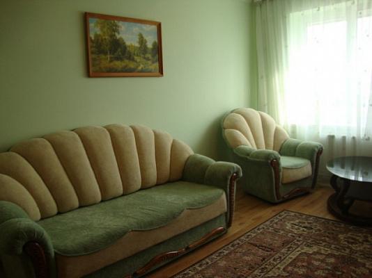 2-комнатная квартира посуточно в Житомире. б-р Старый, 3. Фото 1