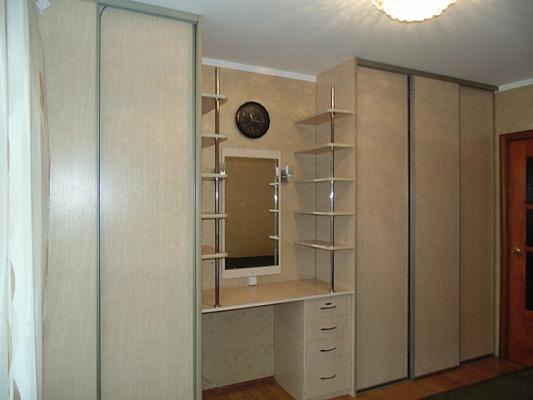 3-комнатная квартира посуточно в Виннице. Ленинский район, ул. А. Первозванного (Стахурского), 2-а. Фото 1