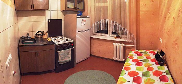 1-комнатная квартира посуточно в Полтаве. Октябрьский район, ул. 23-го Сентября, 17. Фото 1