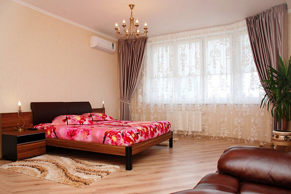 1-комнатная квартира посуточно в Киеве. ул. Митрополита Андрея Шептицкого, 10. Фото 1