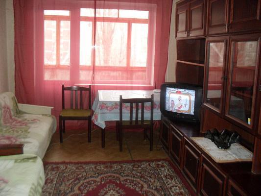 3-комнатная квартира посуточно в Николаеве. ул. Колодезная-Дзержинского, 16. Фото 1