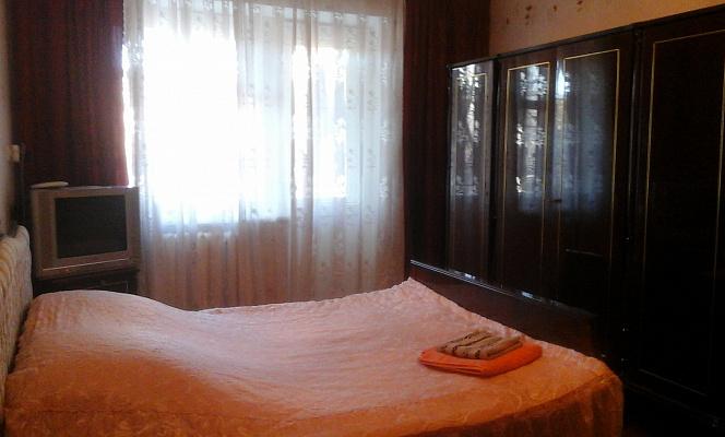 2-комнатная квартира посуточно в Измаиле. ул. Толбухина, 18. Фото 1