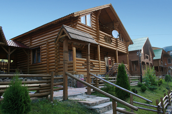 Дом  посуточно в Полянице. с. Поляница, 16,2  . Фото 1