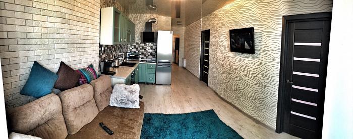 2-комнатная квартира посуточно в Одессе. Суворовский район, ул. Марсельская, 46. Фото 1
