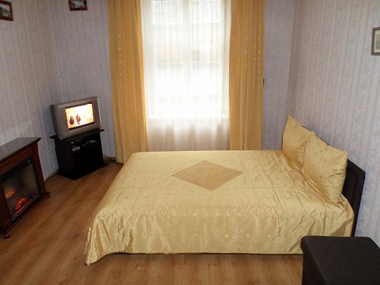 1-комнатная квартира посуточно в Львове. Галицкий район, ул. Петра Дорошенко, 62. Фото 1