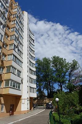 1-комнатная квартира посуточно в Одессе. Киевский район, ул. Авдеева-Черноморского,  2Б. Фото 1