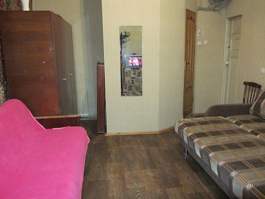 1-комнатная квартира посуточно в Одессе. Приморский район, ул. Базарная, 12. Фото 1