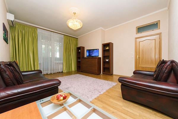 3-комнатная квартира посуточно в Киеве. ул. Большая Васильковская, 42. Фото 1