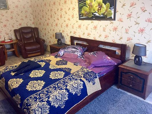 1-комнатная квартира посуточно в Ровно. ул. Киевская, 83. Фото 1