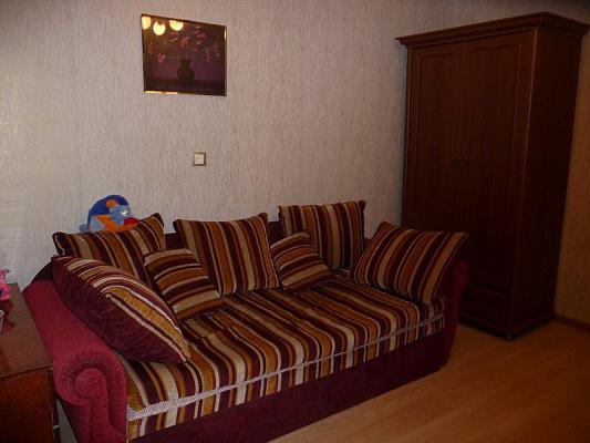 2-комнатная квартира посуточно в Одессе. ул. Костанди, 4. Фото 1