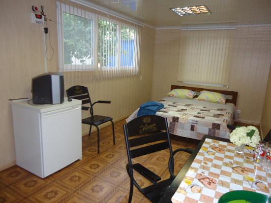 3-комнатная квартира посуточно в Одессе. ул. Малиновая, 21. Фото 1