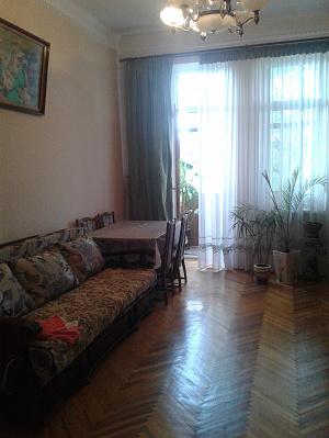 1-комнатная квартира посуточно в Львове. ул. Татарская, 2. Фото 1