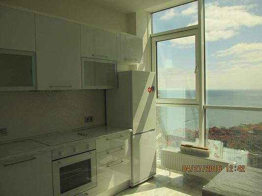 1-комнатная квартира посуточно в Одессе. Французский Бульвар, 60б. Фото 1