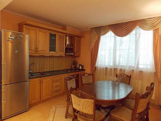 3-комнатная квартира посуточно в Одессе. Приморский район, пер. Дунаева, 3. Фото 1
