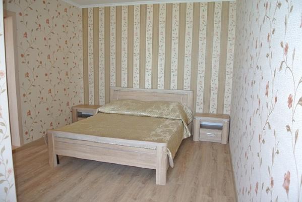 Мини-отель  посуточно в Керчи. ул. Кирова, 106. Фото 1