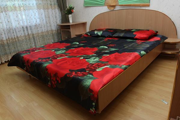 2-комнатная квартира посуточно в Виннице. Замостянский район, ул. Павла Тычины, 4-а. Фото 1
