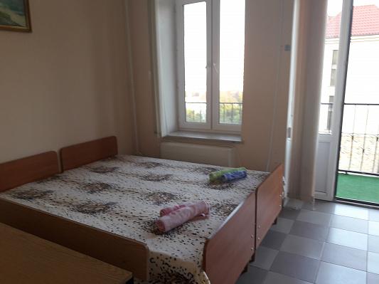 1-комнатная квартира посуточно в Одессе. Приморский район, пер. Мореходный, 26/2. Фото 1
