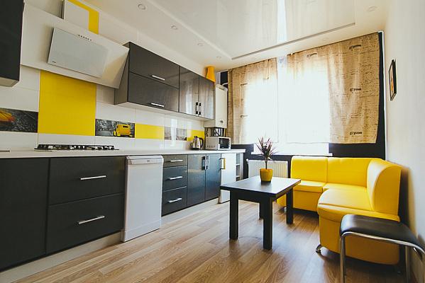 1-комнатная квартира посуточно в Сумах. Заречный район, пр-т Михаила Лушпы, 5. Фото 1
