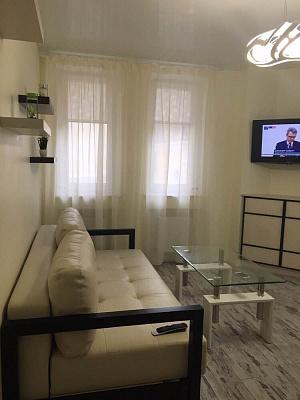 1-комнатная квартира посуточно в Одессе. Приморский район, Одесса, тупик Леваневского, 2, 2. Фото 1