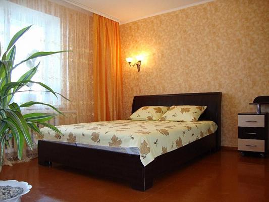 1-комнатная квартира посуточно в Житомире. ул. Шевченко, 35. Фото 1