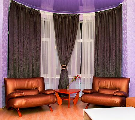 2-комнатная квартира посуточно в Харькове. ул. Рымарская, 19. Фото 1