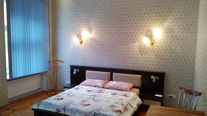 3-комнатная квартира посуточно в Одессе. Приморский район, ул. Ланжероновская, 5. Фото 1