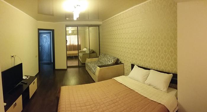 1-комнатная квартира посуточно в Николаеве. Центральный район, пр-т Центральный, 74а. Фото 1