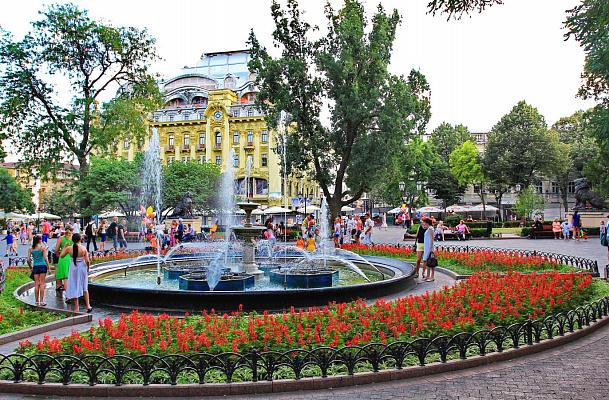 1-комнатная квартира посуточно в Одессе. пл. Соборная, 2. Фото 1