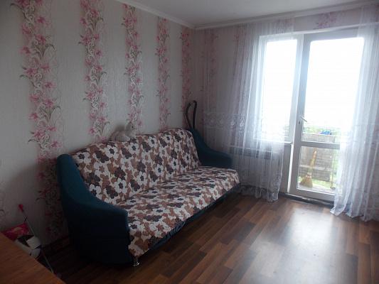 2-комнатная квартира посуточно в Рыбаковке. ул. 8 Марта, 1. Фото 1