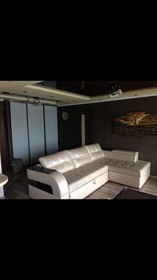 2-комнатная квартира посуточно в Донецке. Ворошиловский район, ул. Набережная, 133. Фото 1