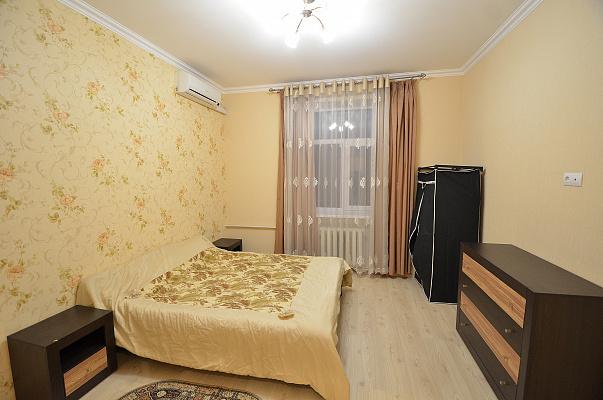 2-комнатная квартира посуточно в Николаеве. Центральный район, ул. Спасская, 48. Фото 1
