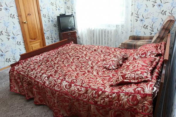 2-комнатная квартира посуточно в Виннице. Замостянский район, ул. Привокзальная, 2. Фото 1