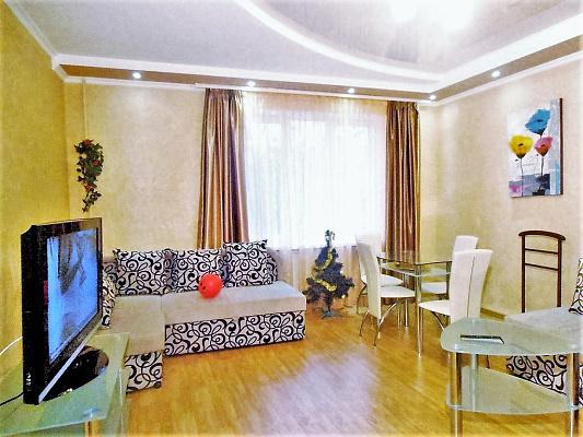 2-комнатная квартира посуточно в Харькове. Киевский район, ул. Сумская, 116. Фото 1