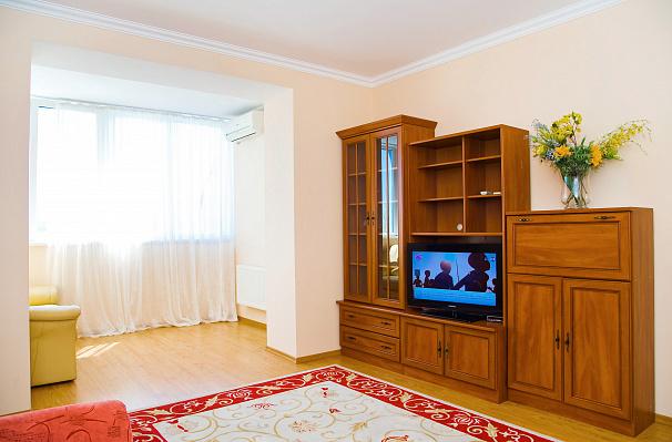 2-комнатная квартира посуточно в Одессе. Приморский район, ул. Зоопарковая, 2. Фото 1