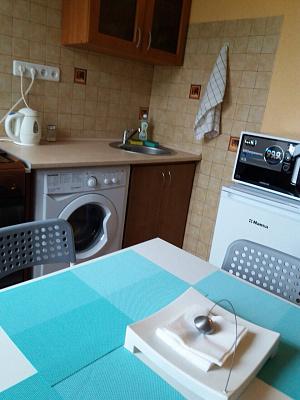 1-комнатная квартира посуточно в Одессе. Приморский район, ул. Черноморская, 2а. Фото 1