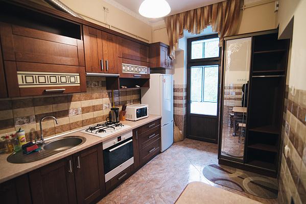 2-комнатная квартира посуточно в Львове. Галицкий район, ул. Бернарда Меретина, 6. Фото 1