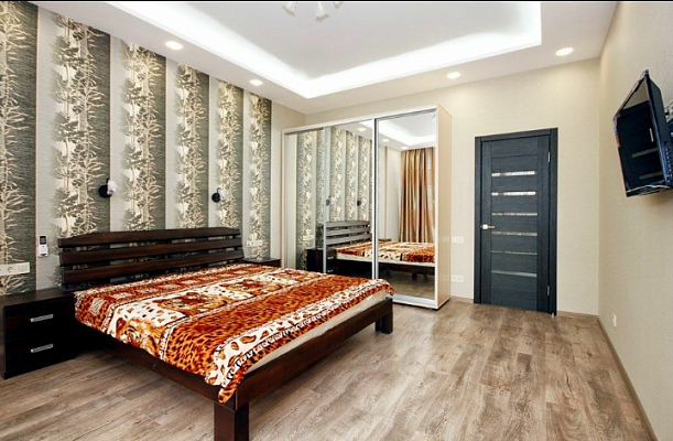 2-комнатная квартира посуточно в Одессе. Приморский район, Французский Бульвар, 60б . Фото 1