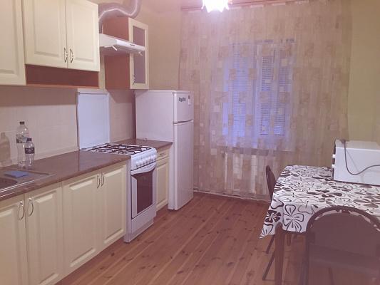 Дом  посуточно в Житомире. ул. Саенко, 111. Фото 1