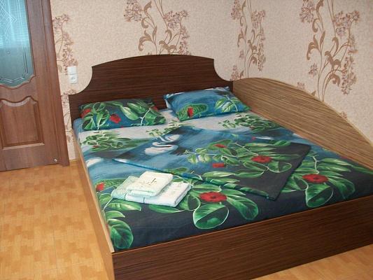 2-комнатная квартира посуточно в Черкассах. ул. Смелянская, 126/2. Фото 1