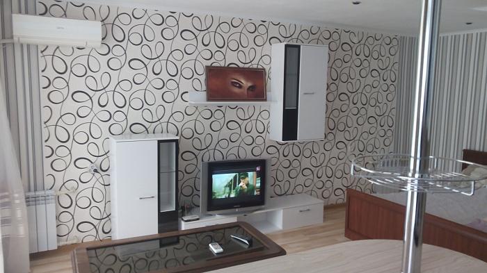 1-комнатная квартира посуточно в Николаеве. Заводской район, ул. Фрунзе, 11. Фото 1