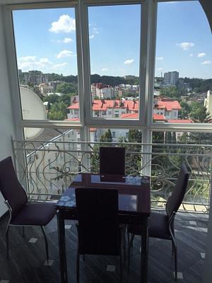 1-комнатная квартира посуточно в Львове. Галицкий район,  вул. Тарнавського, 62. Фото 1