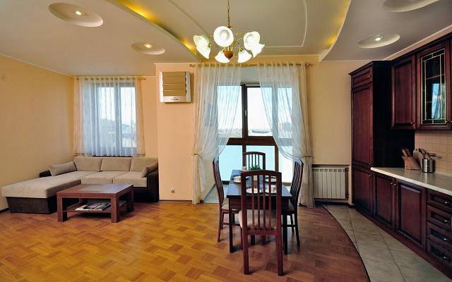 2-комнатная квартира посуточно в Харькове. Дзержинский район, Данилевского, 19. Фото 1