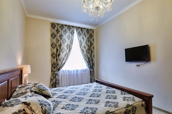 1-комнатная квартира посуточно в Львове. Галицкий район, ул. Маера Балабана, 1. Фото 1