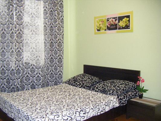 1-комнатная квартира посуточно в Львове. Лычаковский район, ул. Ольги Басараб, 9. Фото 1