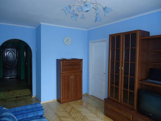 4-комнатная квартира посуточно в Луцке. пр-т Возрождения, 14. Фото 1