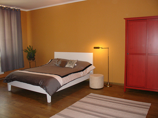 2-комнатная квартира посуточно в Ирпене. ул. Киевская, 40. Фото 1