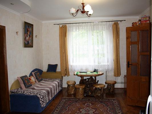 Мини-отель  посуточно в Лазещине. ул. Зимир, 860. Фото 1