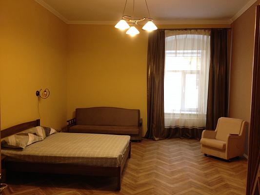 2-комнатная квартира посуточно в Львове. Галицкий район, ул. Армянская, 35. Фото 1