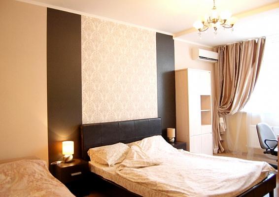3-комнатная квартира посуточно в Одессе. массив Радужный, 7/1. Фото 1