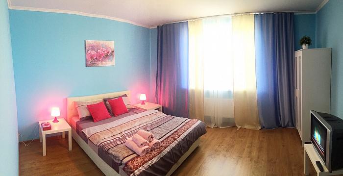 2-комнатная квартира посуточно в Ирпене. ул. Довженко (Гайдара), 13. Фото 1